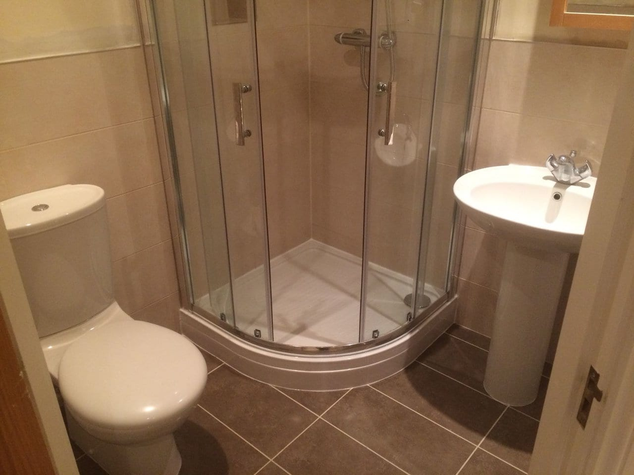Small Bathroom with Toilet, Shower and Basin